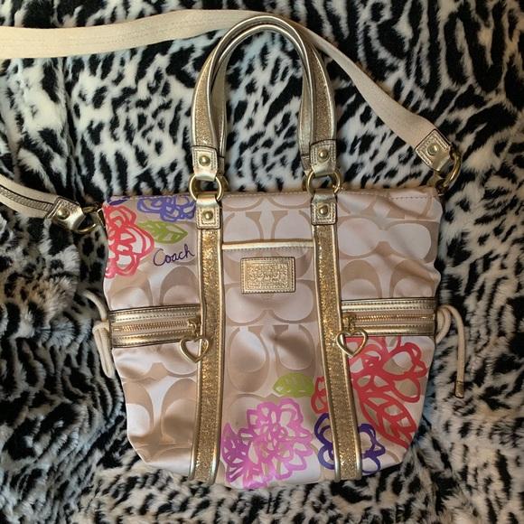 Coach Handbags - Coach Poppy F20762 Daisy Floral Gold Glitter Bag